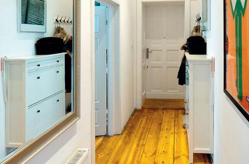 Drzwi i podłogi